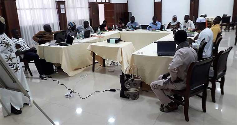 Gambie, placer les droits humains au cœur du système éducatif